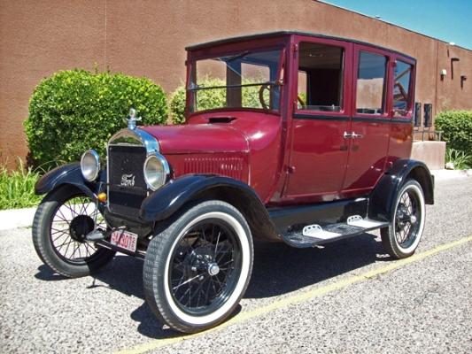 linda_riel_1926_sedan_600px